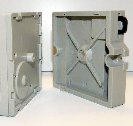 Halter für Ampere- und Voltmeter
