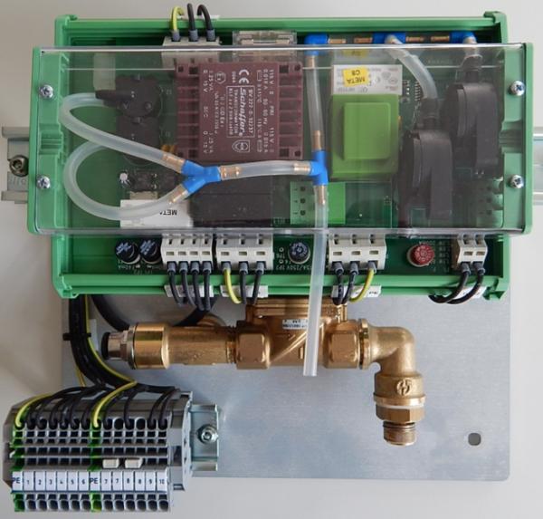 Quinguard Controller Montageplatte montiert